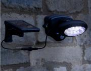 Faretto solare con sensore di presenza - Il Portale del Sole - Per la Casa, Riduzione dei Consumi, Risparmio Elettrico, Orto e Giardino, Eco Ristorazione, Illuminazione, Per gli Alberghi, Arredi, Per l'Azienda, Per la Scuola