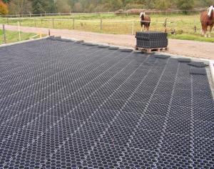 Edilizia sostenibile: strutture in plastica riciclata per drenare le superfici - AcquistiVerdi.it